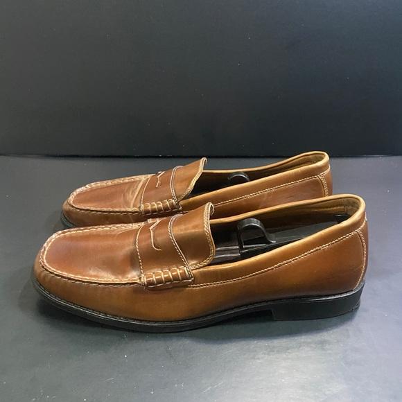 Izod Leather Memory Foam Loafers